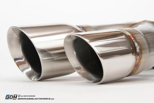 TDI-CR-TOU-CB-R-touareg-tdi-exhaust-tips